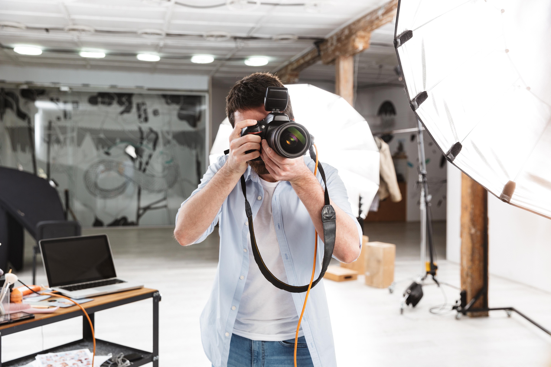 免許書の写真撮影のコツ教えます!社員証や免許証などキレイに写るには?